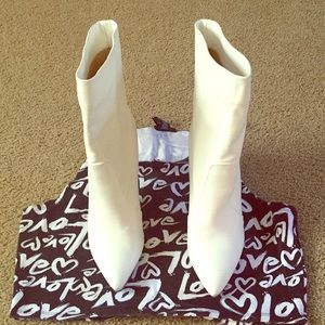 White Boots with heel